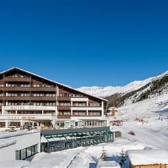 Exterior view of Hotel Alpina in Obergurgl in winter